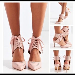 Urban Outfitters Pink Lace Up heel size 8